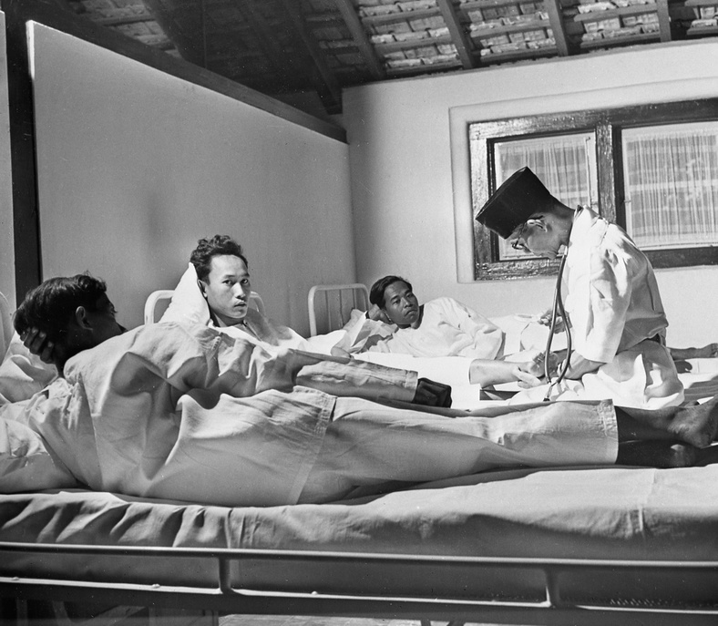 Another aspect of the anti-yaws campaign is the new research hospital in Yogjakarta. At the centre, the doctors follow the course of disease and cure very carefully as they try to establish a complete pattern for this hitherto little known malady.  c. 1950 - c. 1959