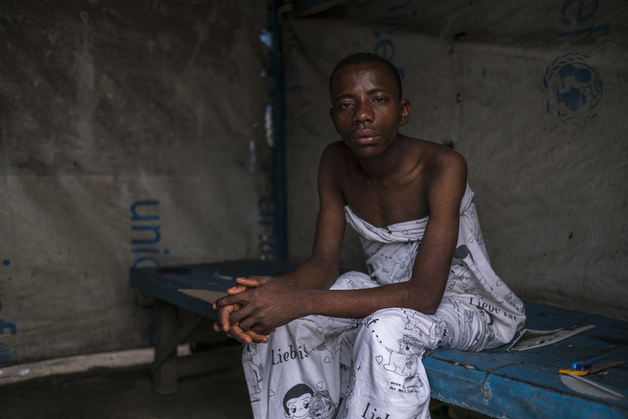 A man suffering from cholera is pictured at the MSF clinic at the slum of Pakajuma in Kinshasa, on August 19, 2016.