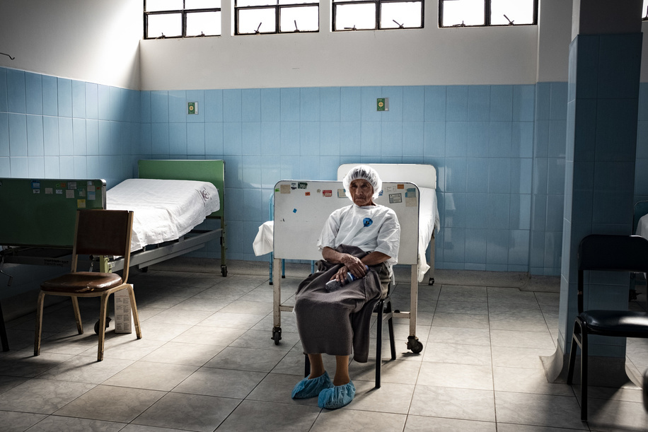 Lima - 20 March, 2018: Sabine Ramos Pretel in the pre-operation room of the Maternal and Child Health Center Daniel Alcides Carrion in Villa María del Triunfo neighborhood in Lima.   In this Health Center the priority is to have an early diagnosis on eye problems, from the kids to the elderly patients. They focus in cataracts, refractive errors, prematurity retinopathy, diabetic retinopathy, glaucoma as well as external diseases of the eye.   Few years ago they even started to do their own cataract operations due the high number of patients with this pathology that they have and the over saturated health system in Lima.