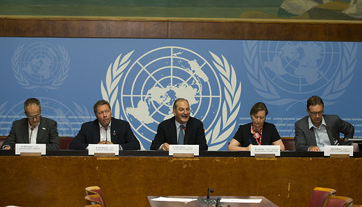 Launch of the strategy: Ending Cholera - A Global Roadmap to 2030 - Press conference, Palais des Nations, United Nations Office at Geneva (UNOG), 3 October 2017.  - https://www.who.int/cholera/publications/global-roadmap.pdf?ua=1 - From left to right: Tim Wainwright, Chief Executive Officer WaterAid; Dr Seth Berkley, Chief Executive Officer GAVI, Dr Peter Salama, WHO Executive Director of World Health Emergencies Programme (WHE); Dr Julie Hall, Chief of Staff and Special Advisor for Health IFRC; Benoit Miribel, Director General Fondation Merieux. - Title of WHO staff and officials reflects their respective position at the time the photo was taken. - Dr Peter Salama passed away suddenly on 23 January 2020.
