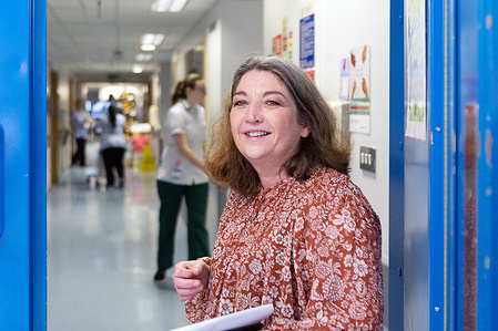 2020 Year of the Nurse and Midwife.  The Inclusion Health Service at St James's Hospital is one of the first of its kind in the world and recognises the complex medical and psychosocial needs and health inequalities experienced by the homeless, asylum seekers, prisoners and Travellers, for example.  Ann-marie Lawlee, Inclusion Health Nurse Manager, works at St James Hospital since its opening in 2003.  Here as she enters wards, first thing in the morning. - Read the story: https://www.who.int/news-room/feature-stories/detail/nursing-homeless-people-in-ireland