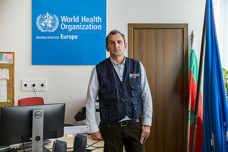 WHO Public Health Expert, Dr Michail Okoliyski at the WHO office in Sofia, Bulgaria, on 20 November 2020.   HIV testing in Bulgaria can be difficult to access. There are 13 free public HIV testing centres run by the Ministry of Health around the country, but since the beginning of the COVID-19 pandemic these have been shut down.   The population groups in Bulgaria who are most vulnerable to HIV infection include gay, bisexual and other men who have sex with men (MSM) and transgender people. Despite progress in recent years, many MSM and transgender people in Bulgaria are not aware of their HIV status.  Single Step Foundation is the first organization to launch HIV self-testing in Bulgaria on a national scale to fill the gap in screening. HIV self-testing is the only option for many who fear stigma and rejection. WHO and partners supported the Single Step Foundation in launching HIV self-testing across the country  Since 2016, WHO has recommended that health authorities offer HIV self-testing as a compliment to traditional testing.