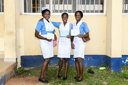 Three nursing students came to receive vaccinations at Central Hospital in Agbor. From right, nurse Amaka Njoaguali, 20, nurse Mariam Aliagwu, 20, and nurse Precious Ofuasia, 20.  The World Health Organization (WHO) is supporting the Nigeria Centre for Disease Control and health authorities in the states of Delta and Enugu to respond to an outbreak of yellow fever that was confirmed in early November 2020.   WHO and partners are assisting with case investigation, case management and community engagement, among other activities. In addition, in response to this outbreak a planned yellow fever vaccination campaign in Delta was brought forward, starting on 10 November.  Nigeria had been reporting suspected cases of the yellow fever in all 36 states and the federal capital territory since its outbreak in September 2017 and is one of the countries implementing the global eliminate yellow fever epidemics (EYE) strategy. As part of the strategy, Nigeria has developed a 10-year strategic plan for the elimination of yellow fever epidemics. Through this strategy, the country plans to vaccinate at least 80% of the target population in all states by 2026.  For more information on yellow fever: https://www.who.int/health-topics/yellow-fever