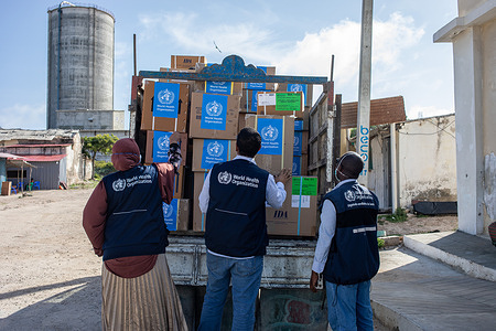 On 12 May 2020 medical and hygiene supplies arrive at the De Martini COVID-19 isolation center in the Banaadir region of Somalia. The facility is supported by WHO.